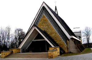 Kościół i okolica