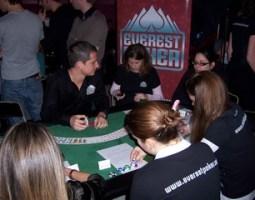 Everest Poker 3