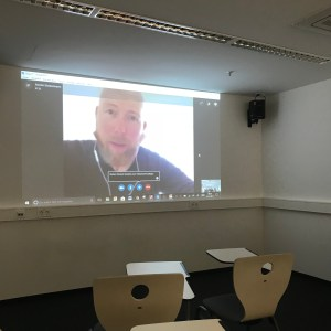 Martin Klostermann gibt Interview-Training via Skype, Verena Bender, PR Blog, Kommunikation, Public Relations, Entertainment PR, Presse, Medien, Kommunikation, bester PR Blog, PR Blogger, PR Idee, PR Coaching, PR Training, PR Beratung