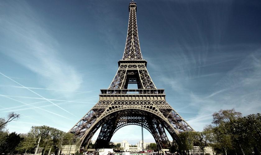 ЧтохранитвсебеЭйфелева башня?