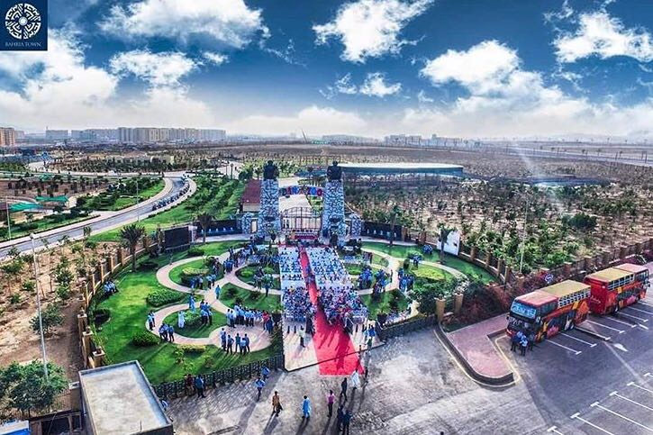 Bahria Town Karcahi Danzoo Pictures (2)