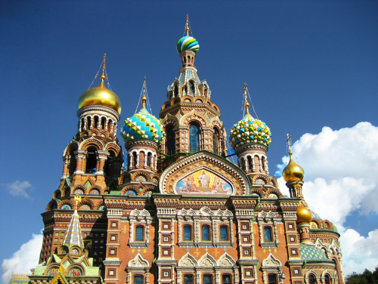 famous landmark of St. Petersburg, the Savior on Blood Cathedrale. One of the things you must do when you have one day in St. Petersburg