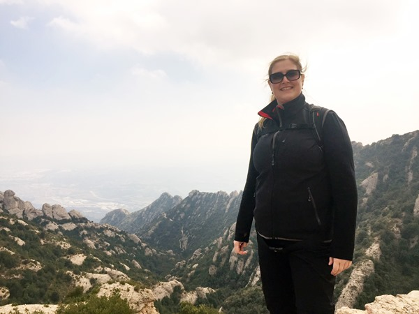 I took a trip to Montserrat near Barcelona but a lot went wrong. I give you my mistakes to avoid when going to Montserrat monastery so you can do better.