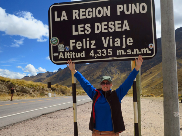 When you travel from Puno to Cusco Peru you can fly, take the train or the bus. I'll tell you what to expect on the cultural bus trip from Puno to Cusco.