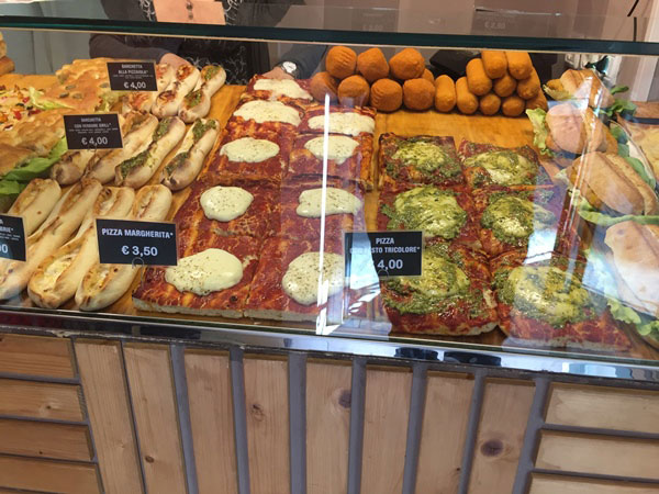 My tongue in cheek travel write up with 15 things NOT to expect when you travel to Cinque Terre, Italy all based on my own experiences and expectations