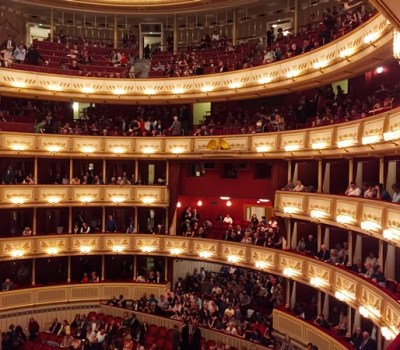 How I bought cheap tickets for Vienna opera and didn't see anything