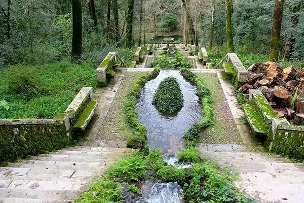 Bussaco Forest Portugal - Fonte Frio Fountain