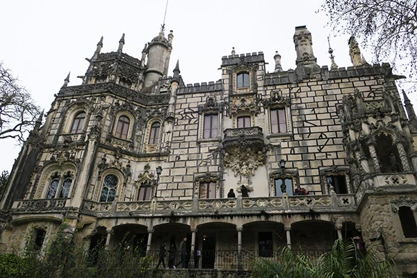 The Quinta da Regaleira in Sintra Portugal is a mythical palace with Gothic features, underground grottoes and overgrown park. The Initiation Well is world famous and a must see. I give you 7 good reasons to visit Quinta da Regaleira Palace in Sintra.