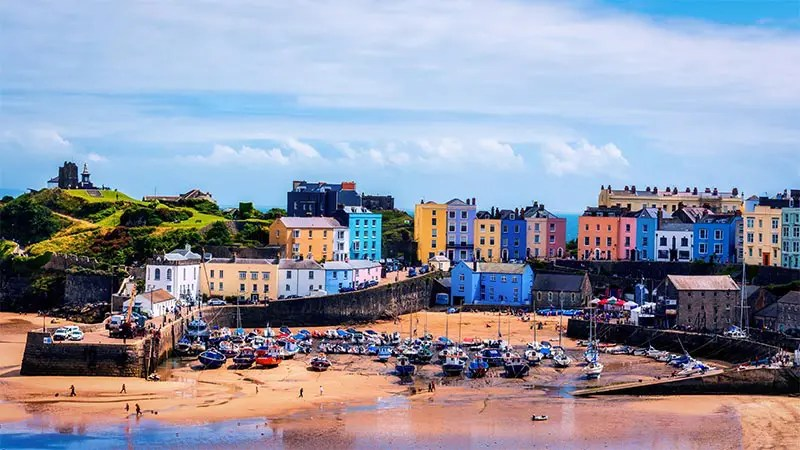 Prepare with my Pembrokeshire Coastal Path accommodation guide to find the best hotels and B&B's when you're walking this long distance trail in Wales.