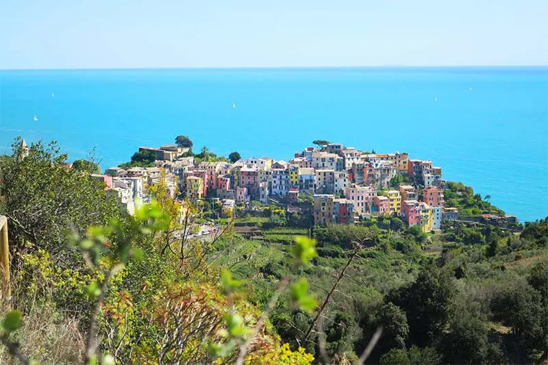 I'll give you 7 simple reasons why you should spend at least 2 days in Cinque Terre Italy. Including a 2-day Cinque Terre Itinerary and practical tips.