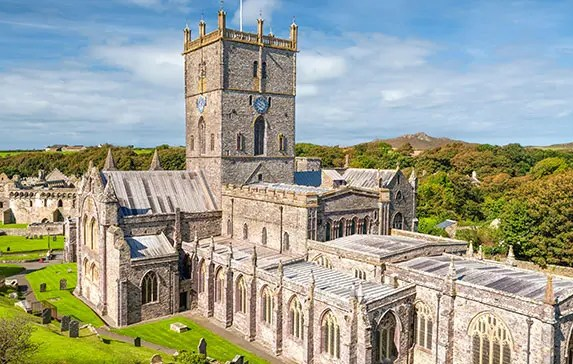 10 Best Things To Do in St. Davids – Pembrokeshire Wales