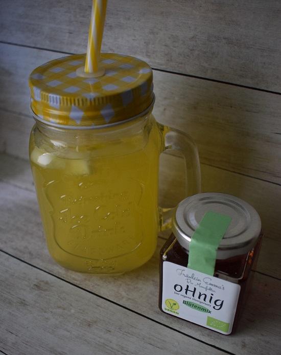 oHning Fräulein Emma´s Blütenmix Glas und Zitronen-Ingwer-Tee im Glas www.probenqueen.de