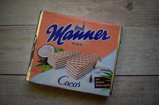 Brandnooz Box Juni 2018 eine Packung Manner Waffeln Cocos www.probenqueen.de