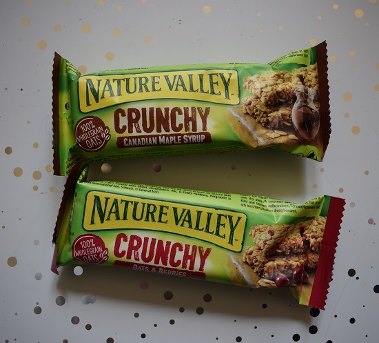 Degustabox Februar 2019 Nature Valley zwei Crunchy Riegel