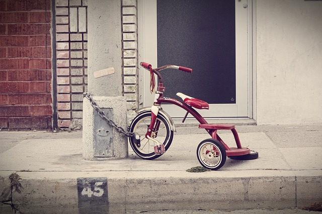 three-wheeler-336700_640 (1)