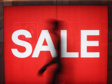 Why bloggers should pay attention to Black Friday and Cyber Monday