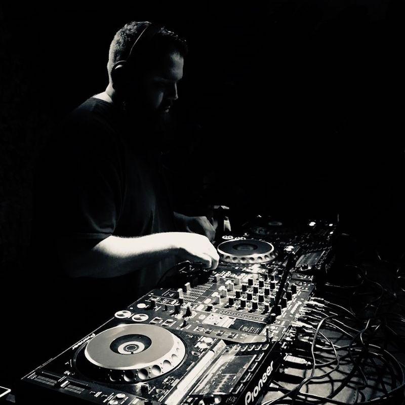 Daniel-Brooks-pro-b-tech-music