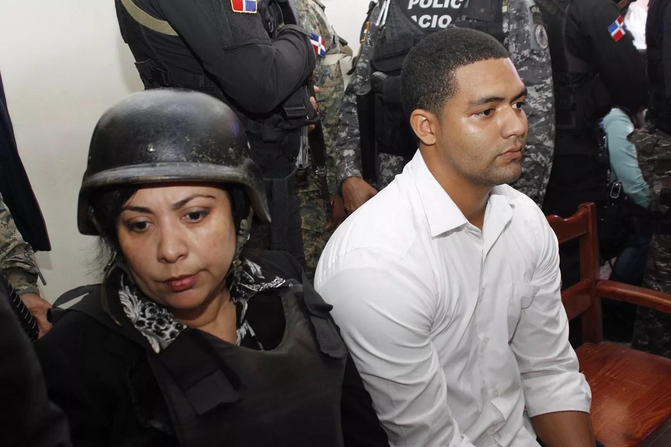 Marlon Martínez llega a Palacio de Justicia bajo el grito de asesino