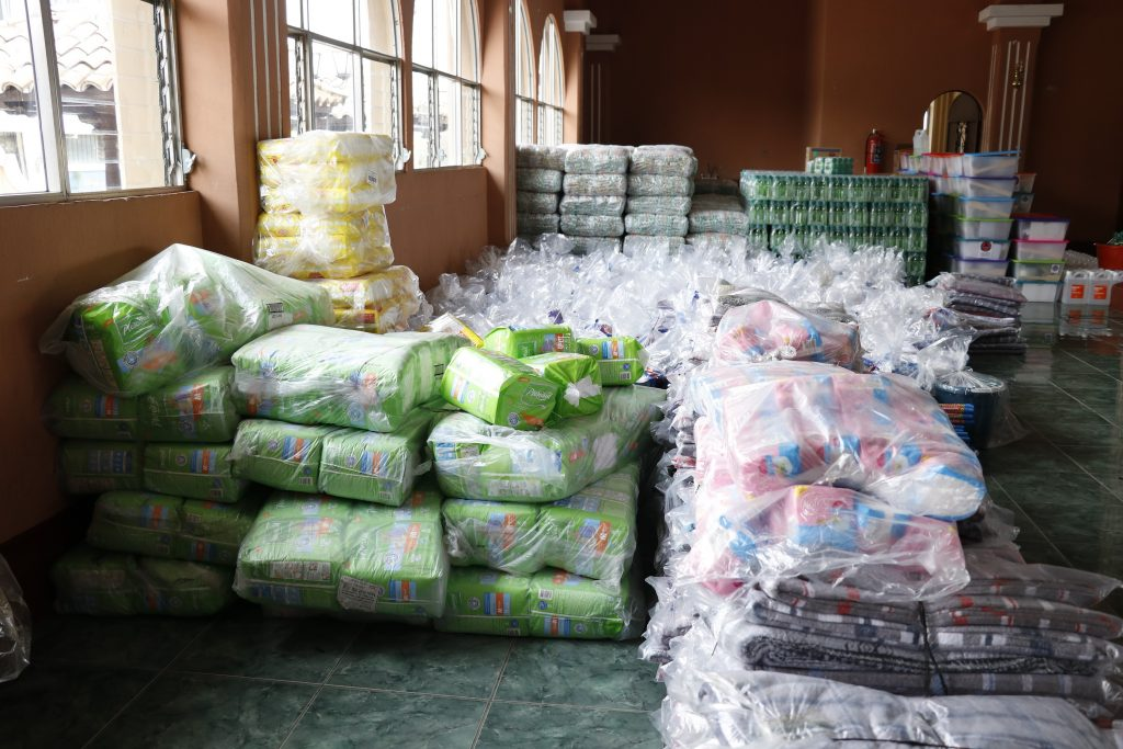 Ayuda humanitaria en casa de pareja de diputado
