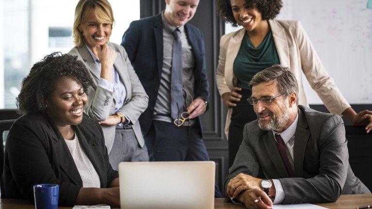 6 práticas efetivas para melhores relacionamentos no trabalho