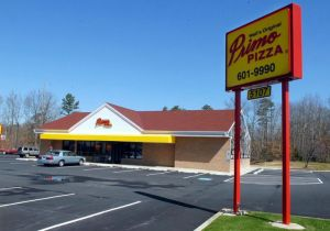 Photo of Primo Pizza in a former Wawa
