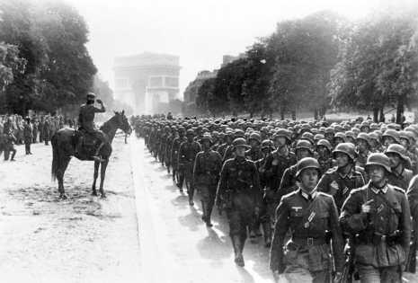 Tropas Nazis en Paris
