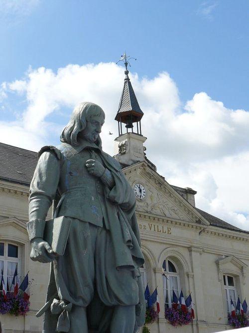 Estatua de Rene Descartes