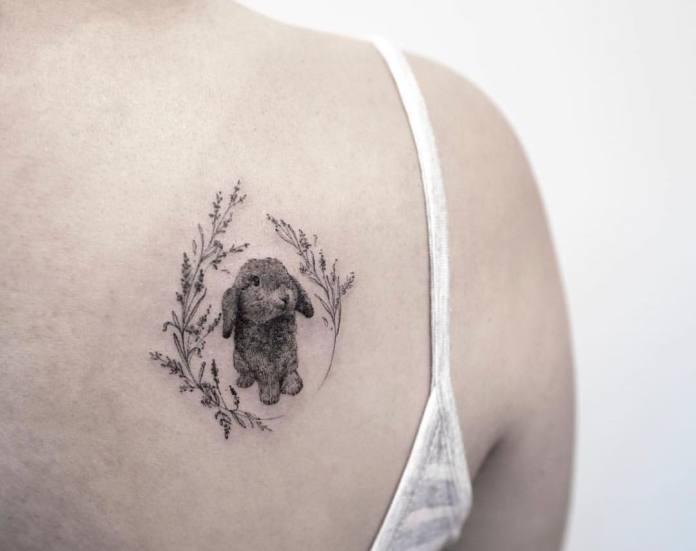 tatuaje de un conejo pequeño