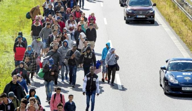 migración Dinamarca, personas entrando al pais
