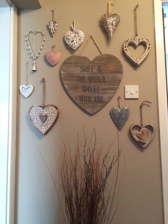 pared de corazones 63