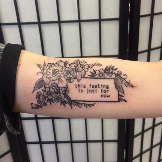 Tatuajes aesthetic en blanco y negro 1