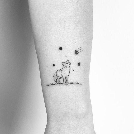 Tatuajes minimalistas de lobos 8
