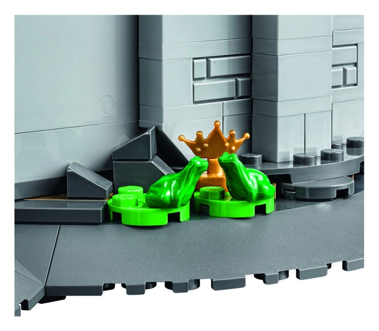 lego_disney_castle_detail_1