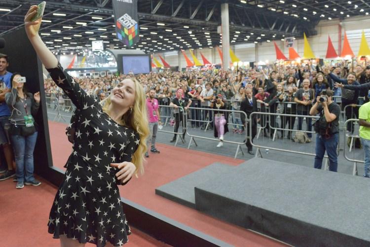 Evanna Lynch e o sonho dos fãs no Auditório Cinemark. Fotos: Daniel Deak
