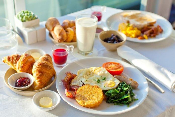 Kết quả hình ảnh cho breakfast