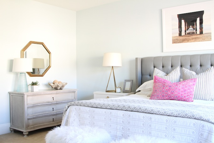 gray-coastal-guest-room-becki-owens-4