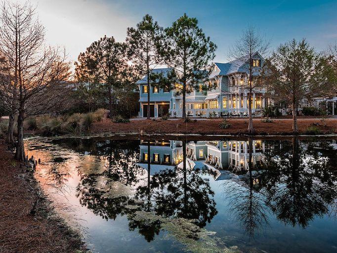 lake-house-exteriors-8
