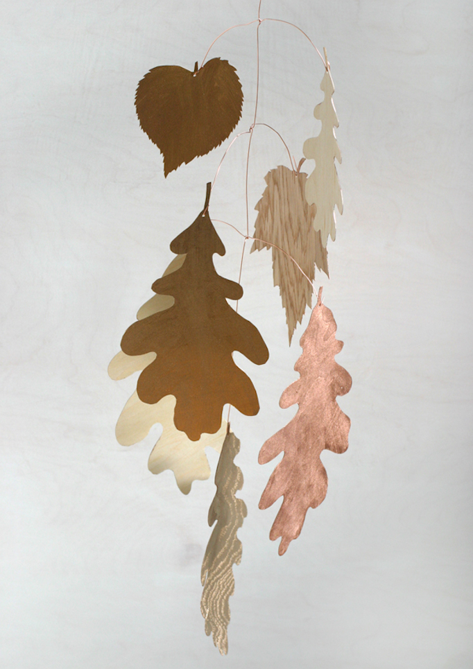 fall-leaves-mobile-diy