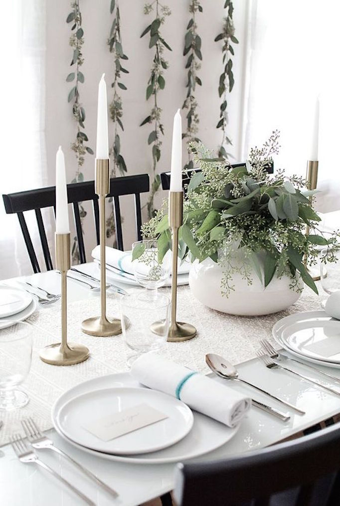 becki-owens-holdiay-greenery-dining2