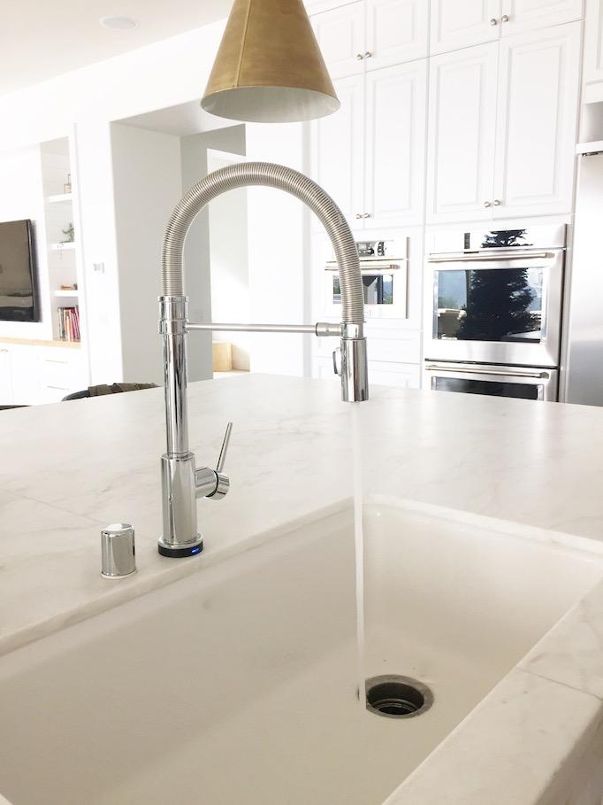 delta-trinsic-pro-faucet-2