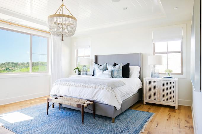 estillo-master-bedroom-becki-owens