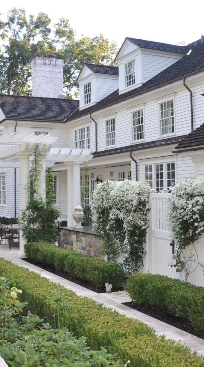 BECKI OWENS Flowering Home Exteriors2