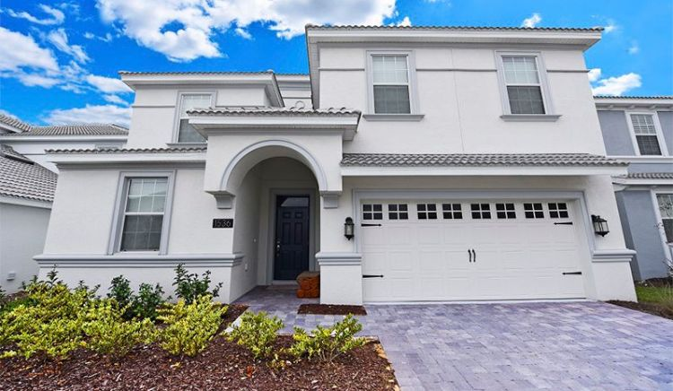 Holiday villas in Kissimmee with Kenwood Travel.