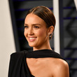 Don'T STOP READING: Jessica Alba shares a routine for skin care that continues at home