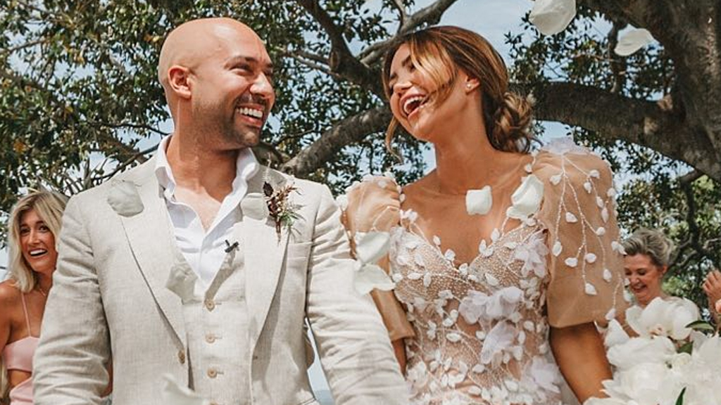 Pia Muehlenbeck's Wedding Dress And Amazing Veil And Train