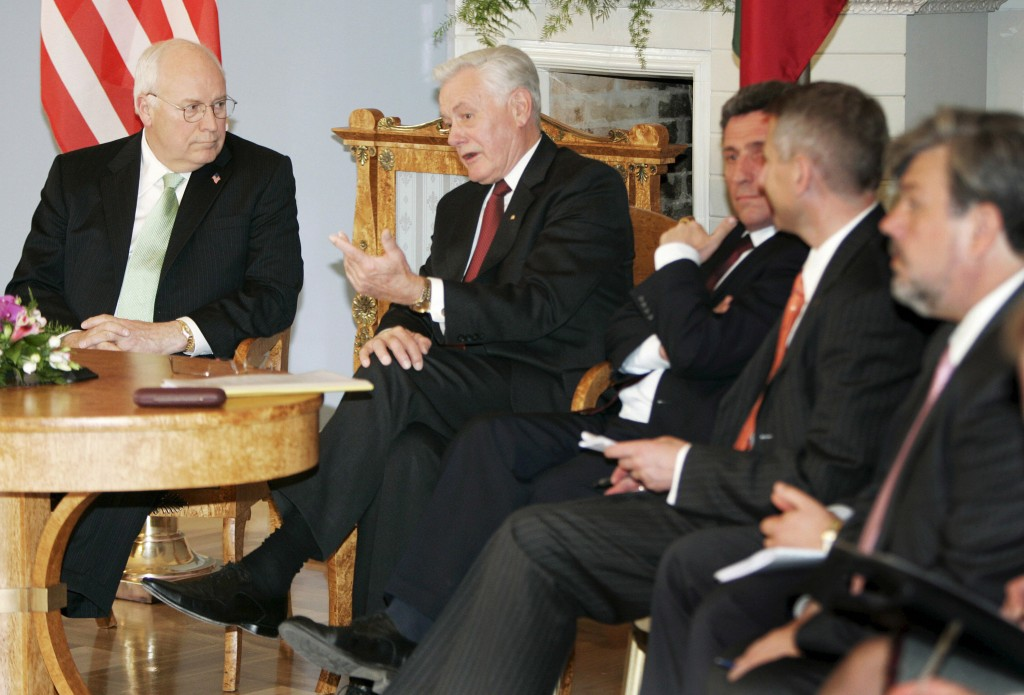 GettyImages-57521436-dickcheney-lithuania-1558387506