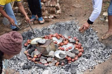 Fiesta navideña en COVIVIR. Foto: EAT-MACOVAM