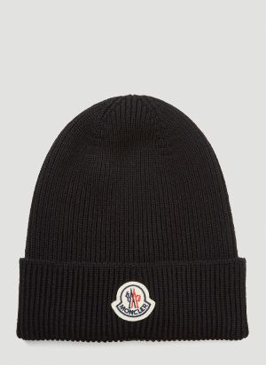 Moncler Logo-Patch Beanie Hat in Black