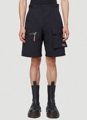Burberry Cargo Shorts in Black