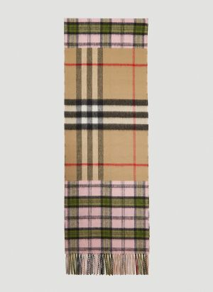 Burberry Contrast Check Scarf in Pink